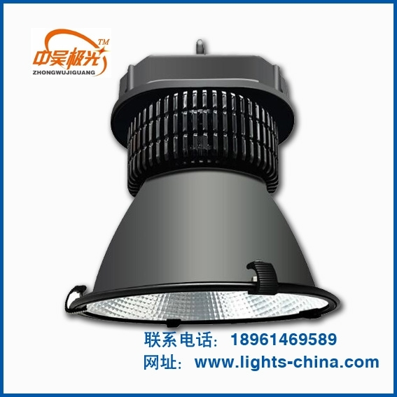 LED工矿灯的使用时刻注意以下问题